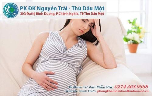 Phụ nữ mang thai băn khoăn không biết bị sùi mào gà có sinh con được không
